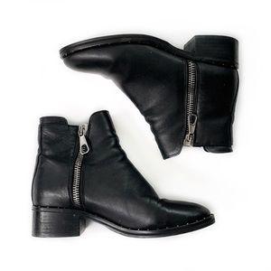 Steve Madden • Lanna Studded Leather Booties